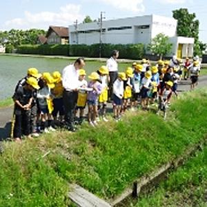 ホタルを通じて「大野町立北小学校」「大野町ホタルの里づくり研究会」とコラボレーション~昨シーズン(2014年)の活動の様子~